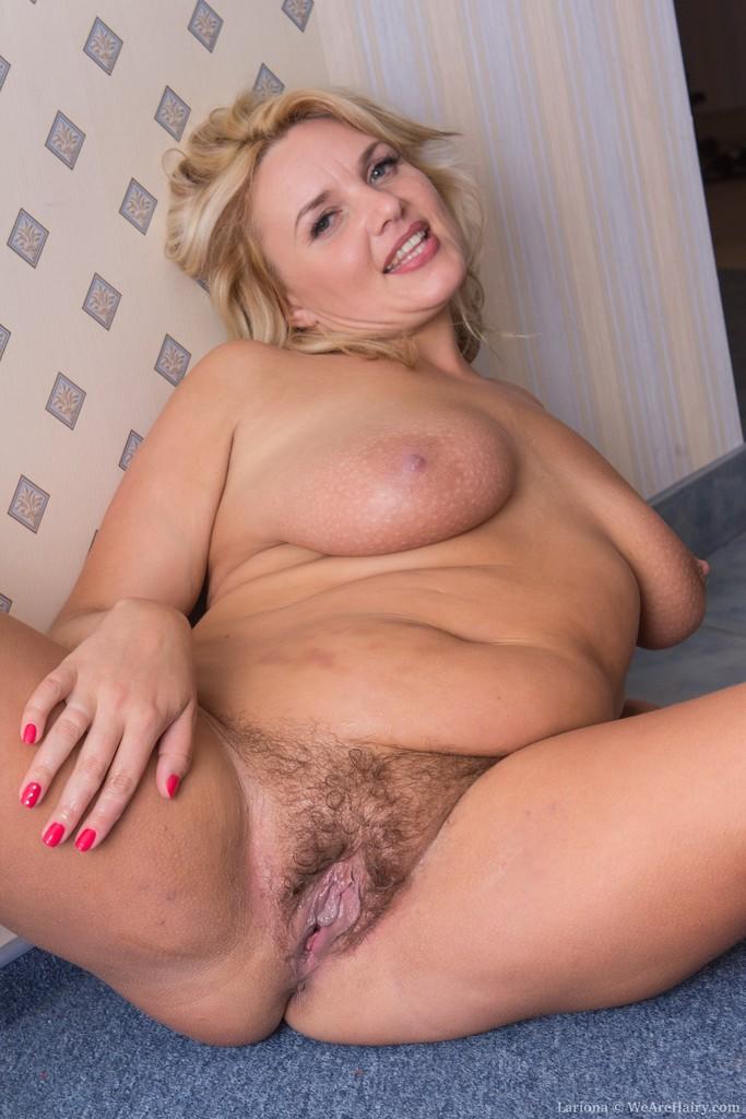 Housewife barbara enjoys a big black cock 9