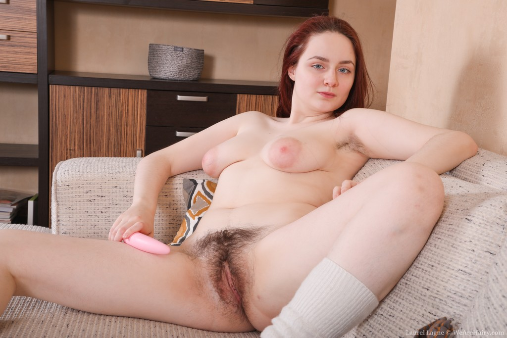 naked-hairy-white-girls-spreading-naked-ass-open